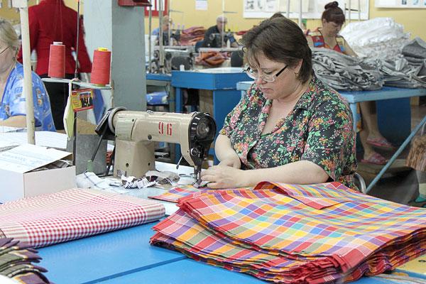 Павел коньков посетил одну из крупнейших ивановских текстильных фабрик красная талка